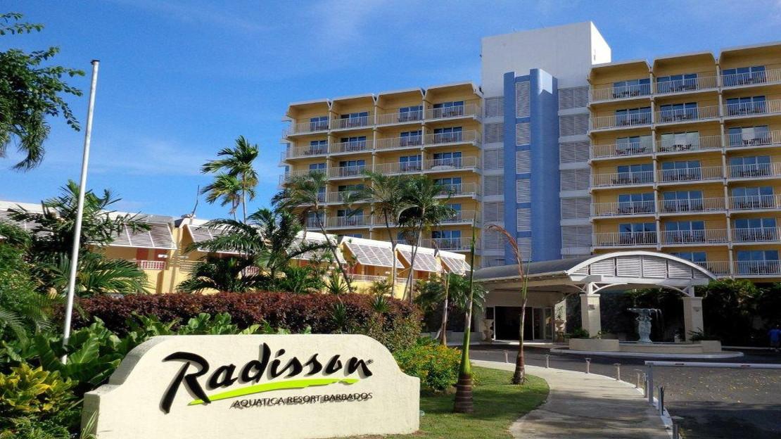 1/9  Radisson Aquatica Resort - Barbados