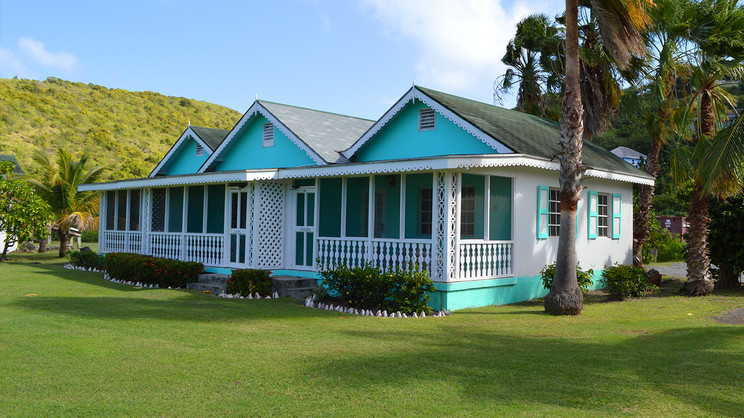 1/8  Oualie Beach Resor - St Kitts