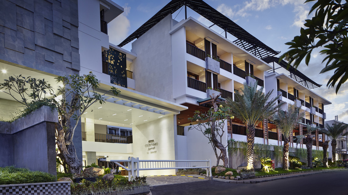 1/22  Courtyard by Marriott Bali Seminyak Resort
