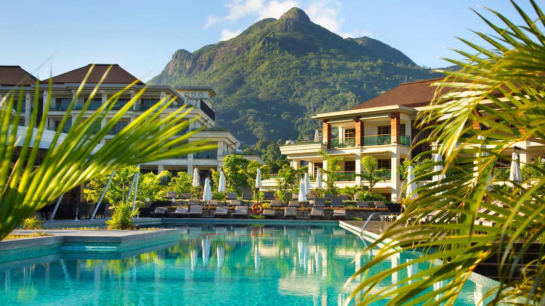 1/15  Savoy Seychelles Resort and Spa