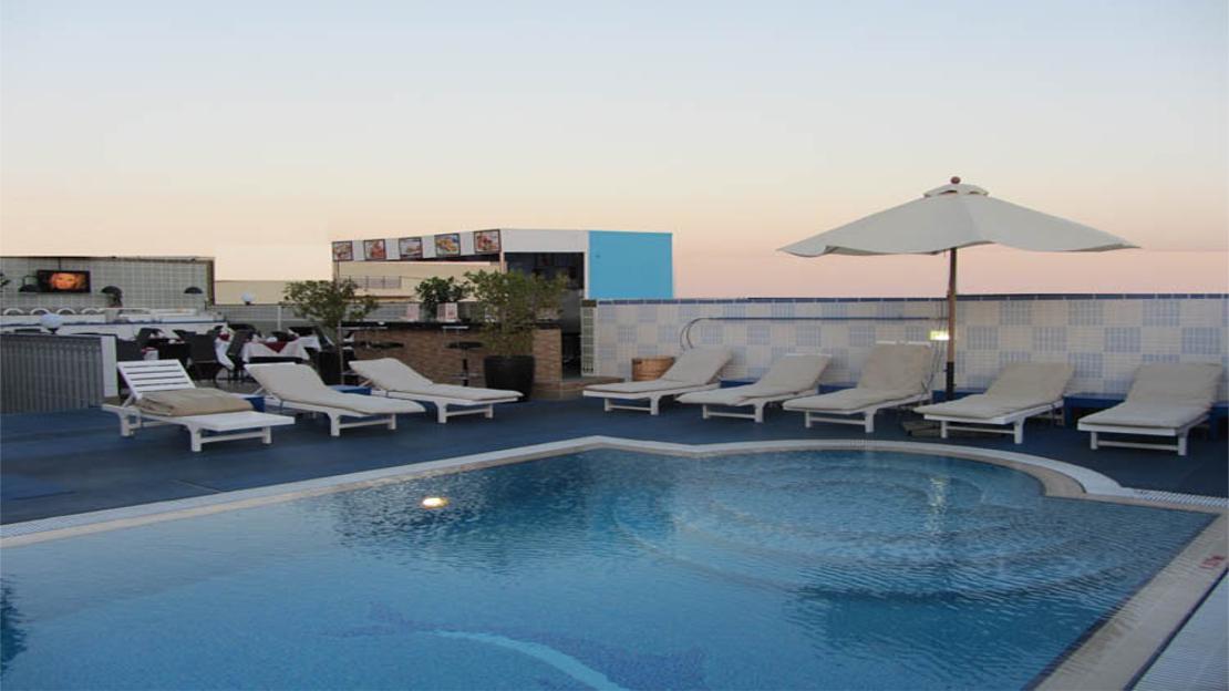 1/10  Comfort Inn Hotel Dubai - Dubai