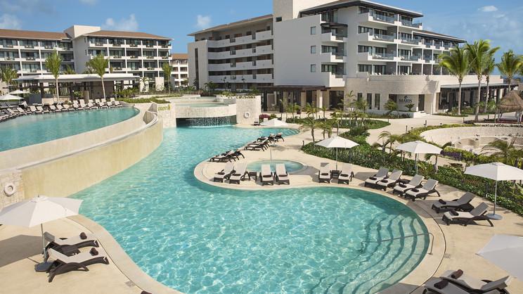 1/19  Dreams Playa Mujeres Golf and Spa Resort - Mexico
