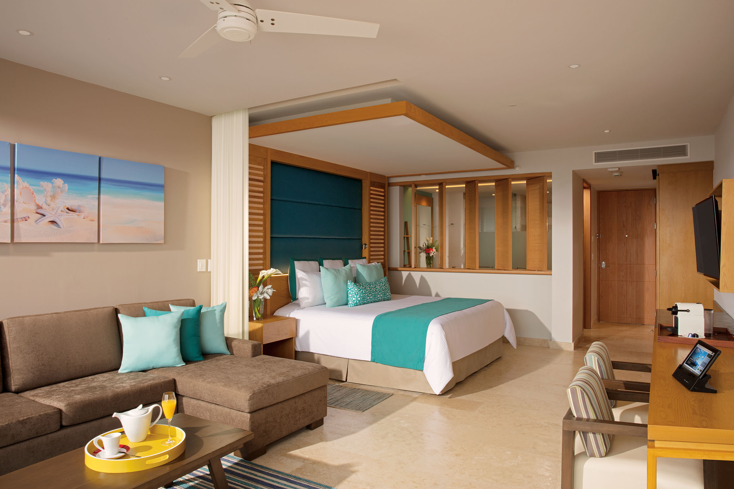 Junior Suite Partial Ocean View