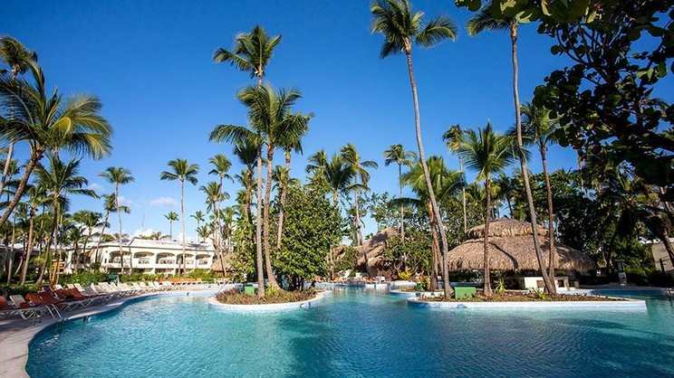 1/9  Impressive Resort and Spa Punta Cana