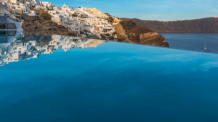 1/8  Andronis Luxury Suites - Santorini