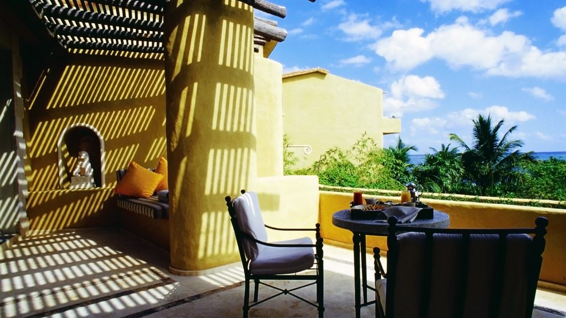 Oceanfront One Bedroom Suite with Terrace