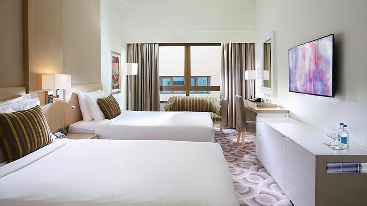 1/9  Metropolitan Hotel Dubai