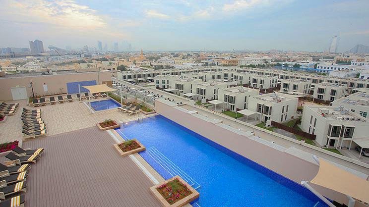 1/8  Metropolitan Hotel Dubai