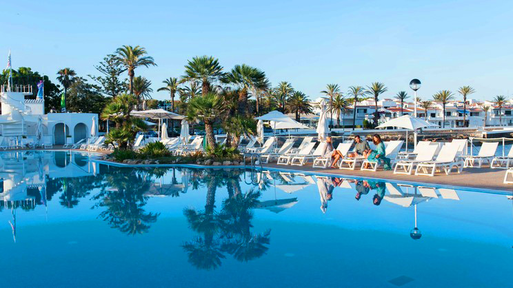 1/6  PortBlue Salgar Hotel - Menorca