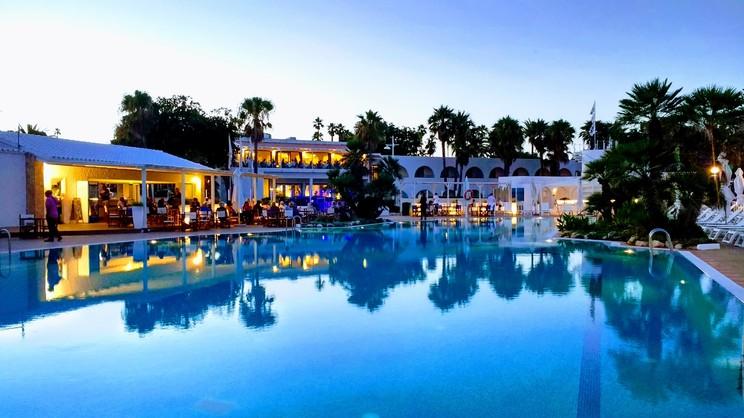 PortBlue Salgar Hotel