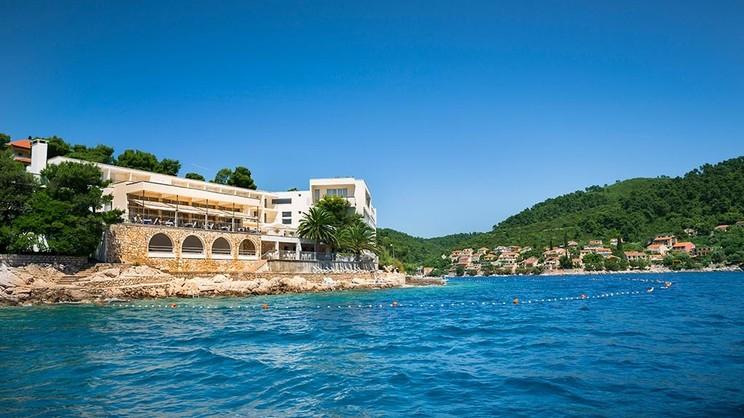 1/7  Hotrel Aminess Lume - Croatia