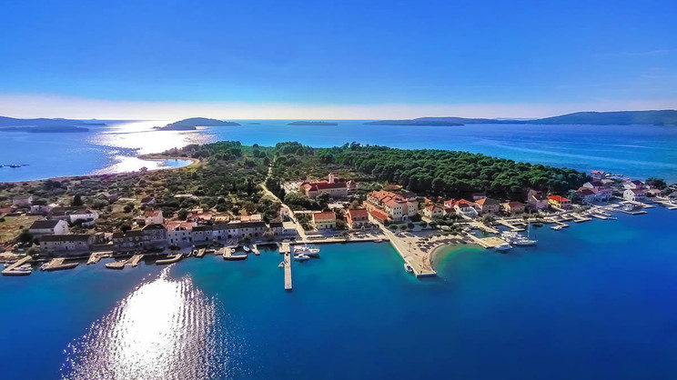 1/7  Hotel Spongiola - Croatia