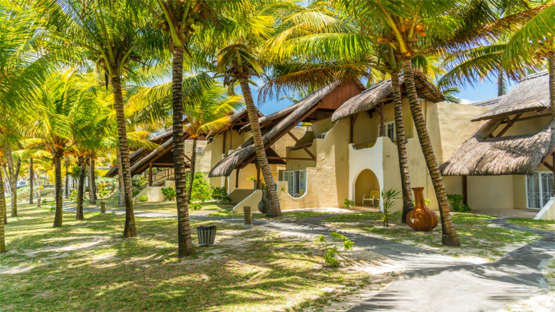 1/9  Le Surcouf Hotel and Spa - Mauritius