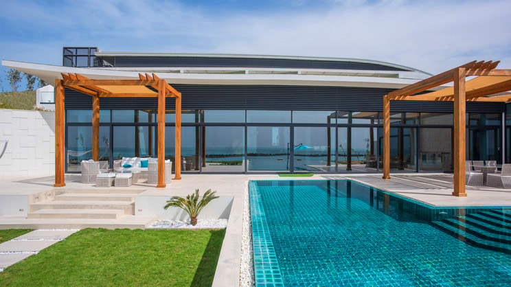 1/8  Zaya Nurai Island Resort - Abu Dhabi