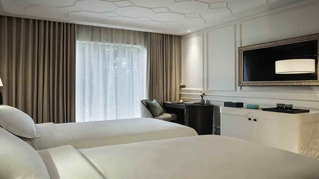 Sky Executive Grand Deluxe Room