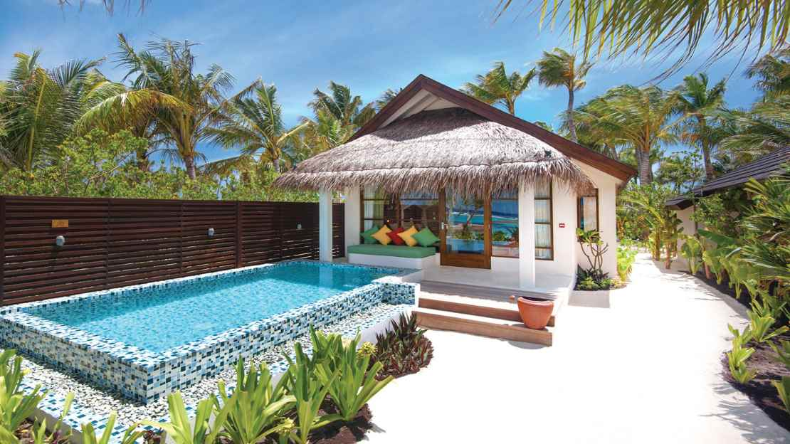 Deluxe Beach Villas with Pool