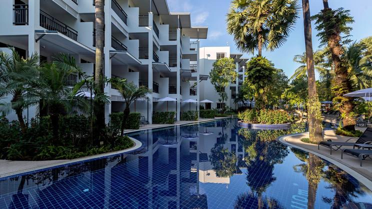 1/11   Sunwing Bangtao Beach - Phuket