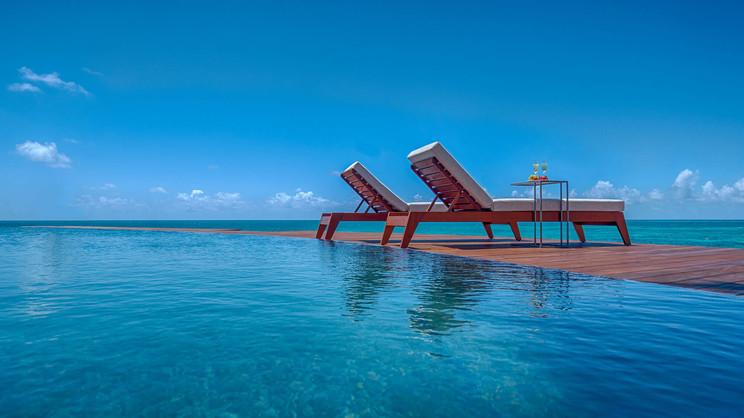 1/4  Hodges Bay Resort and Spa - Antigua