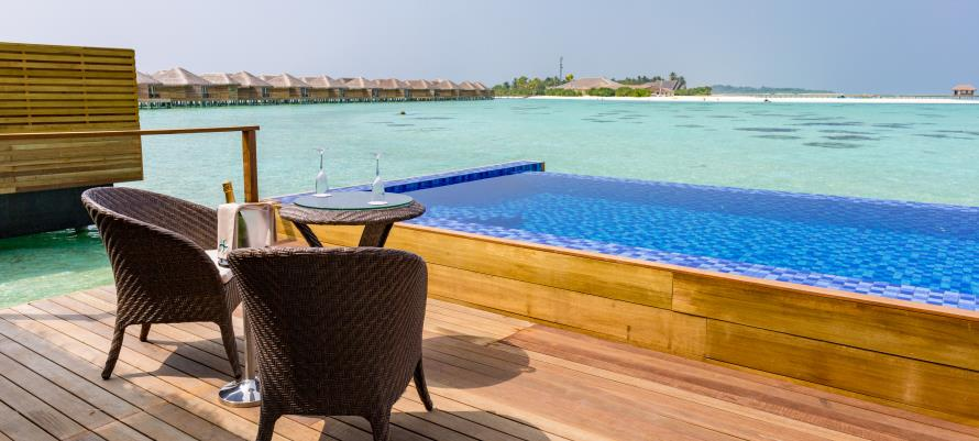 Cocoon Resort, Lagoon Suite
