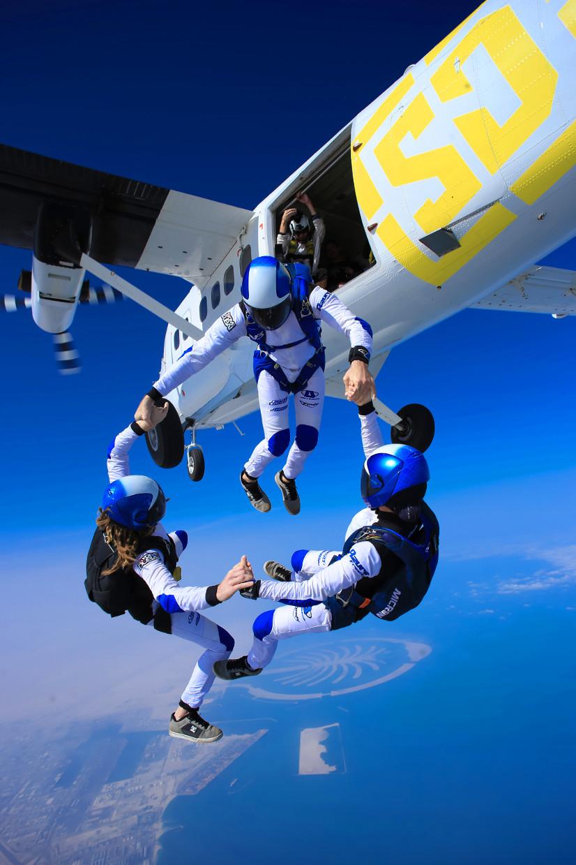 Sky Diving Dubai
